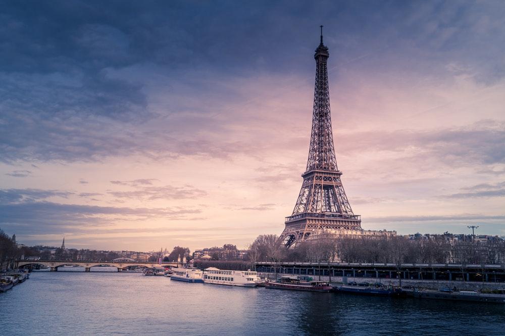 ส่วนลด Agoda ลดเพิ่มอีก 10% เมื่อจองที่พักในเมืองสุดโรแมนติกอย่างปารีส