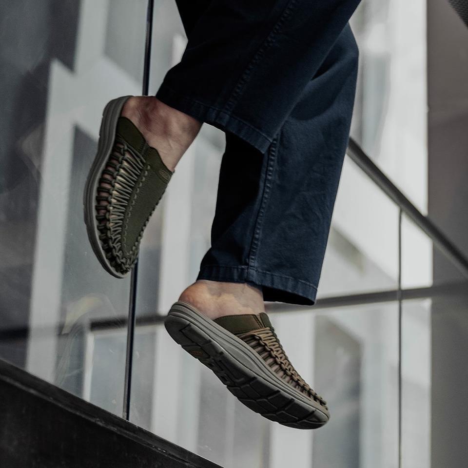 รองเท้าแตะคนชอบกิจกรรมout door แบรนด์ KEEN his ลดราคา แถมได้เงินคืนจากช้อปแบค 2.5%