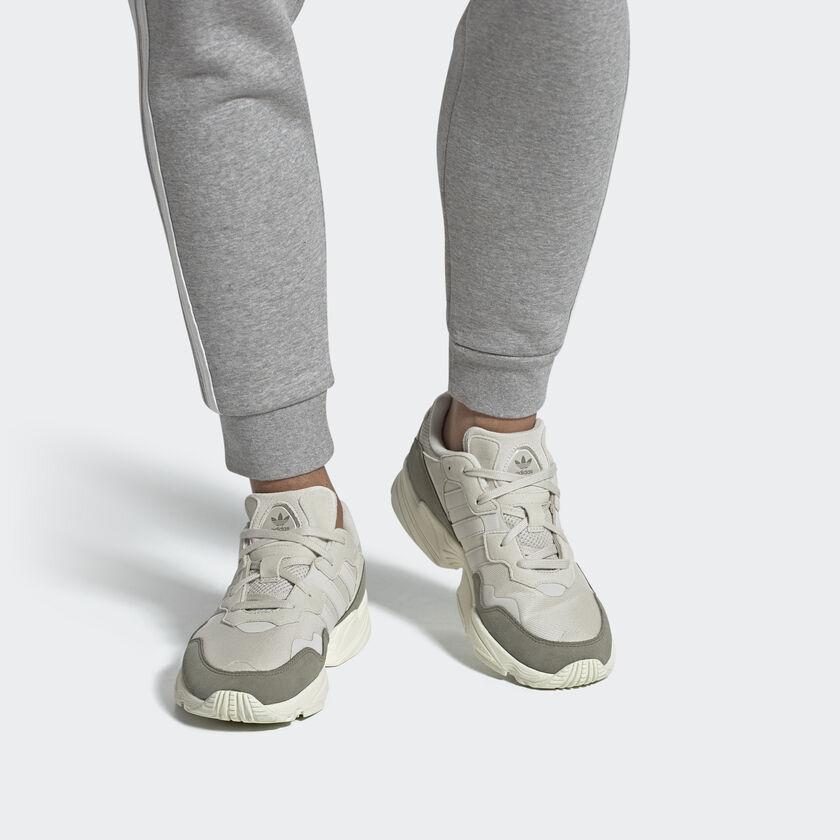 """YUNG96"" คูปองส่วนลด Adidas ลดสูงสุด 50% สนีกเกอร์สไตล์ 90's มาพร้อมคู่สีใหม่แล้ววันนี้"
