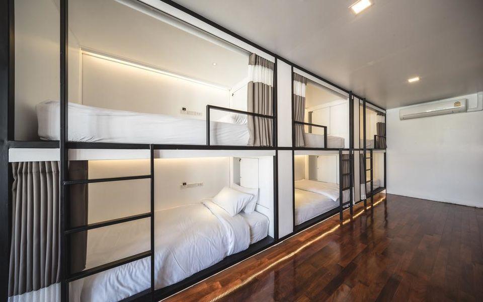 Hostel by bed l เชียงใหม่