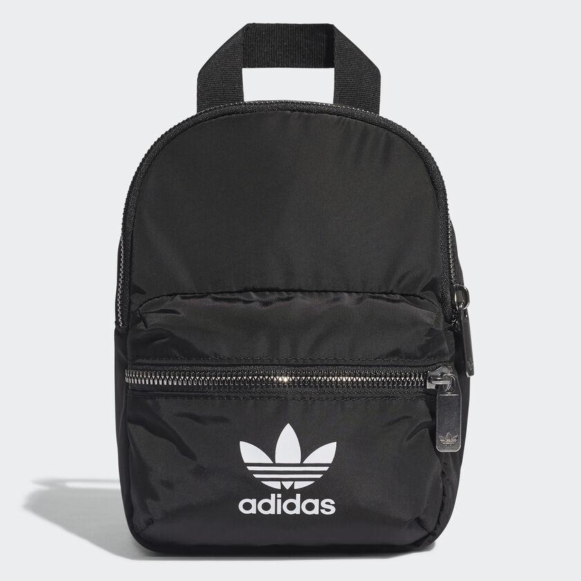 กระเป๋าสะพายหลัง โค้ด Adidas ราคาเพียง ฿1,200 เข้ามาช้อปกันเลย!