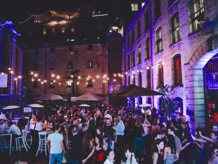 จองกิจกรรมดีๆที่ sydney ผ่าน Airbnb มีโปรดีๆมาเสนออย่าง Booze Cruise: Bars, Nightclubs & Pre's ราคาเพียงแค่ 624 บาทต่อคน