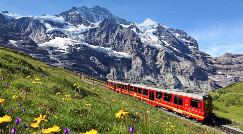 สวิตเซอร์แลนด์ มีที่พักและโรงแรมกว่า 36,276 แห่ง กับราคาที่เริ่มต้นเพียงแค่ 197 บาทเท่านั้น