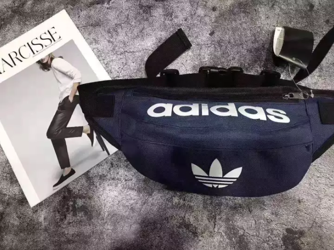 กระเป๋าคาดเอว Adidas สำหรับผู้ชาย มีส่วนลด Lazada ให้ถึง 60% เลยจ้าาา