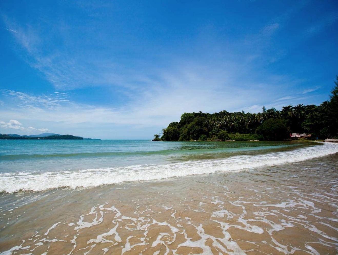 ที่พักในเกาะลันตา ราคาเริ่มต้นที่ 1,846 บาทพร้อมกับส่วนลดพิเศษใน booking เท่านั้น