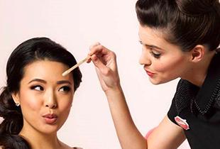 เสกคิ้วสวยเป๊ะ! Benefit Cosmetics Brow Bar ลดทันที 10%
