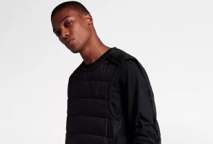 โปรโมชั่น Nike ลดราคา สินค้าเสื้อผ้าสำหรับผู้ชาย กว่า 70+ รายการ หมดแล้วหมดเลย!