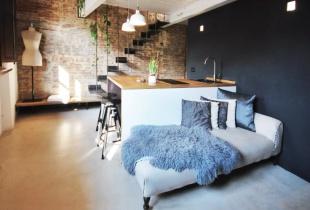 airbnb ส่วนลด ที่พักใน Florence, Italy บ้านทั้งหลังที่มีดีไซน์โมเดิร์นมากมาก มีความผสมผสานระหว่างความนุ่มละมุนของสีที่ใช้และความชิคของเฟอร์นิเจอร์ในบ้าน เริ่มต้นคืนละ 2,500 บาทเท่านั้น